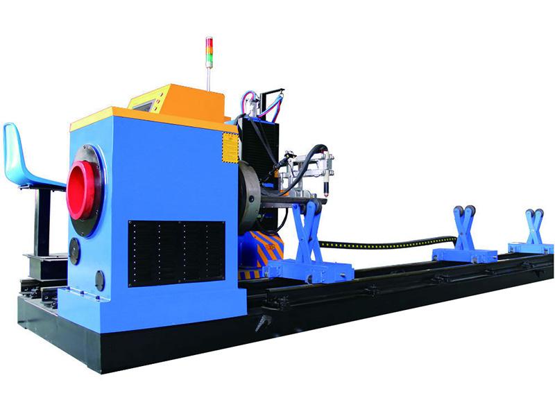 stroj na rezanie kovových rúrok